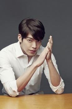 「韓国の人気イケメン俳優」キム・ウビンの画像.jpg