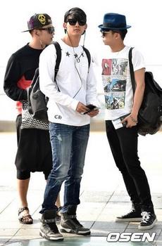 韓国アイドル「空港ファッション」2PMの画像.jpg