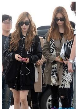 韓国アイドル「空港ファッション」少女時代ティファニーの画像.jpg