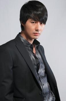 韓国イケメン、チョ・インソンの画像.jpg