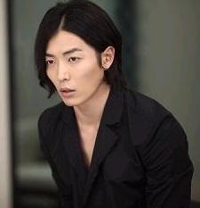 韓国ドラマ「赤と黒」キム・ジュウク2の画像.jpg