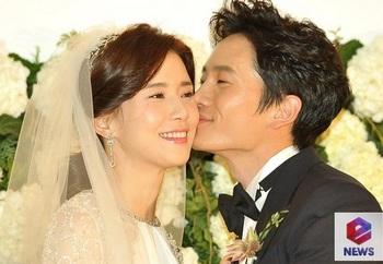 韓国美人女優、イ・ボヨン、チソンの画像.jpg