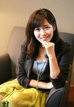 韓国美人女優、ソン・イェジンの画像.jpg
