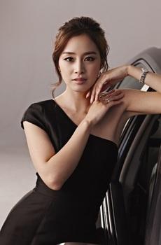 韓国美人女優ランキング、キム・テヒドレスの画像.jpg
