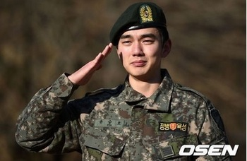 韓流スターの兵役入隊はいつ?2015年、ユ・スンホの画像.jpg