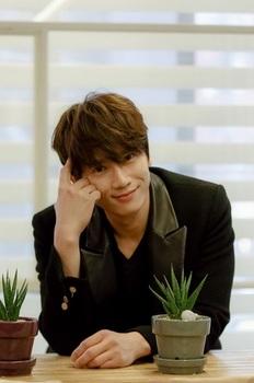「韓国の人気イケメン俳優」チソンの画像.jpg