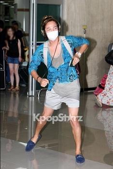 韓国アイドル「空港ファッション」グンソク2012の画像.jpg