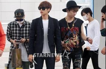 韓国アイドル「空港ファッション」SHINeeの画像.jpg