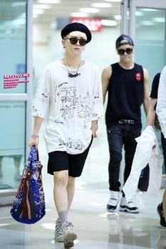 韓国アイドル「空港ファッション」SHINeeKeyの画像.jpg