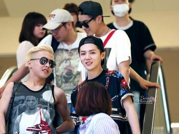韓国アイドル「空港ファッション」exo2の画像.jpg